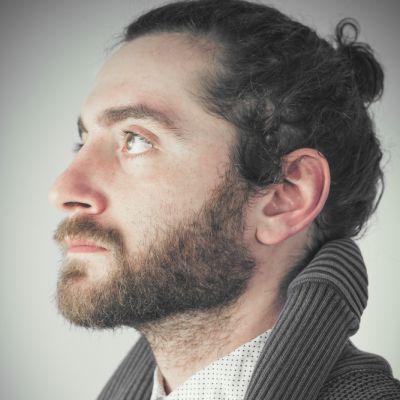 El aceite de ricino la yema la máscara para los cabellos las revocaciones
