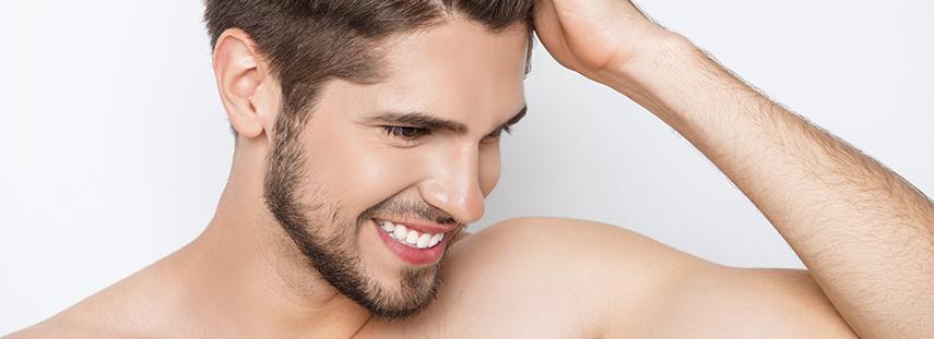 hombre pelo recuperado gracias a minoxidil